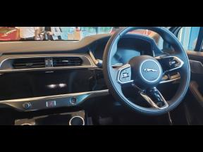 It comes with a touch-sensitive infotainment system that includes a 10.0-inch upper screen and a 5.5-inch lower display, that primarily controls the climate.