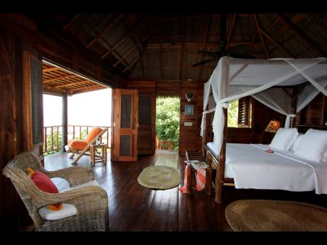 A bedroom at the TenSing Pen in Negril