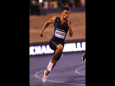 South Africa's Wayde van Niekerk in action in the men's 200m sprint at the 2017 Racers Grand Prix meet at the National Stadium in Kingston.