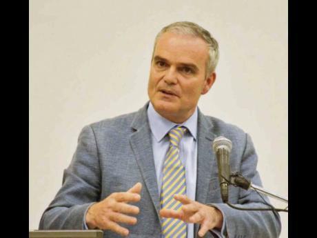 Dr Clive Landis