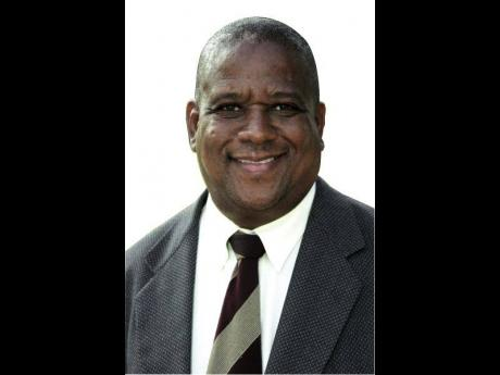 Franklin Witter heads the Internal and External Affairs Committee.