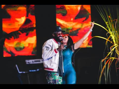 Tarrus Riley joined Shenseea on stage for a lighter-raising performance of their hit collaboration, 'Lighter'.