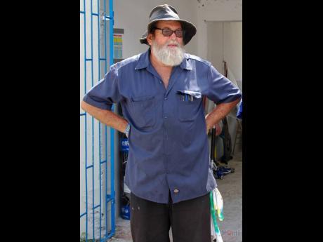Peter 'Jacko', 'Hatman' Moodie Sr.