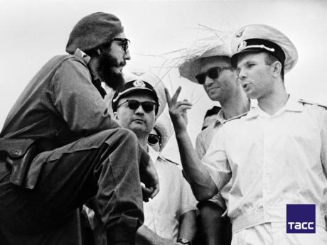 Fidel Castro (left) and Yuri Gagarin during a celebration of the eighth anniversary of the Cuban revolution, in July 1961.