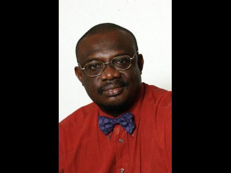 Dr Christopher Ogunsalu