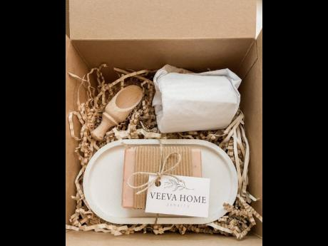 Eco-conscious Veeva Home uses sustainable packaging.