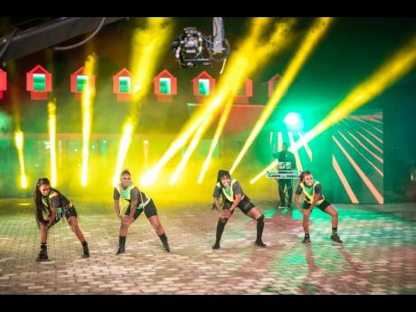The 'Jimmy Kimmel Live!' performance featured a light show, similar to the treatment of the music video, and as 'Go Down Deh' is a dance track, of course the dancers were included.