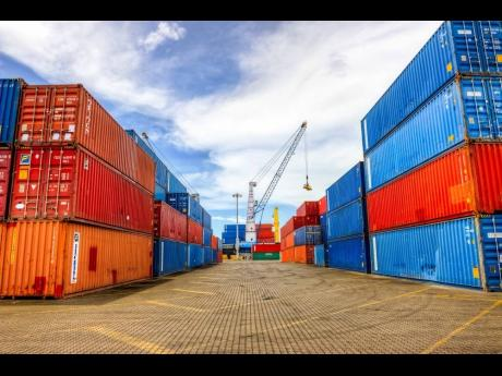 Customs brokers help to remove the guesswork from the process of importing and exporting.