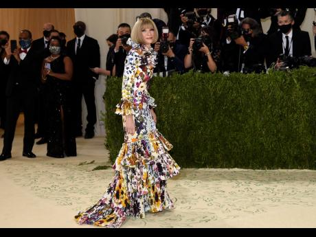 Gala overseer Anna Wintour arrived early at The Metropolitan Museum of Art's Costume Institute benefit gala celebrating the opening of the 'In America: A Lexicon of Fashion' exhibition on Monday.