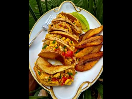 Ackee and salt fish with a 'Mexican-Jamaican' twist – breadfruit 'tacos'.
