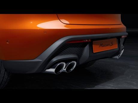 Its 2.9-litre V6 biturbo engine now delivers 440 PS (324 kW).